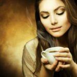 girl-drinking-coffee-23432